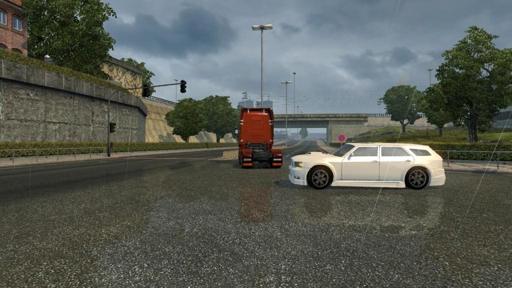 auto-hammer-in-traffic_2
