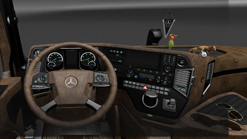 mercedes-actros-2014-interior-pack_1