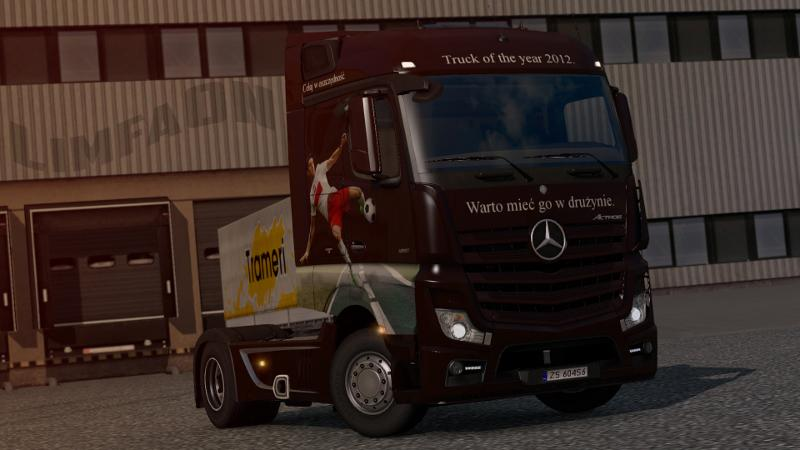 mercedes-actros-mp4-truck-of-the-year-2012-skin_1