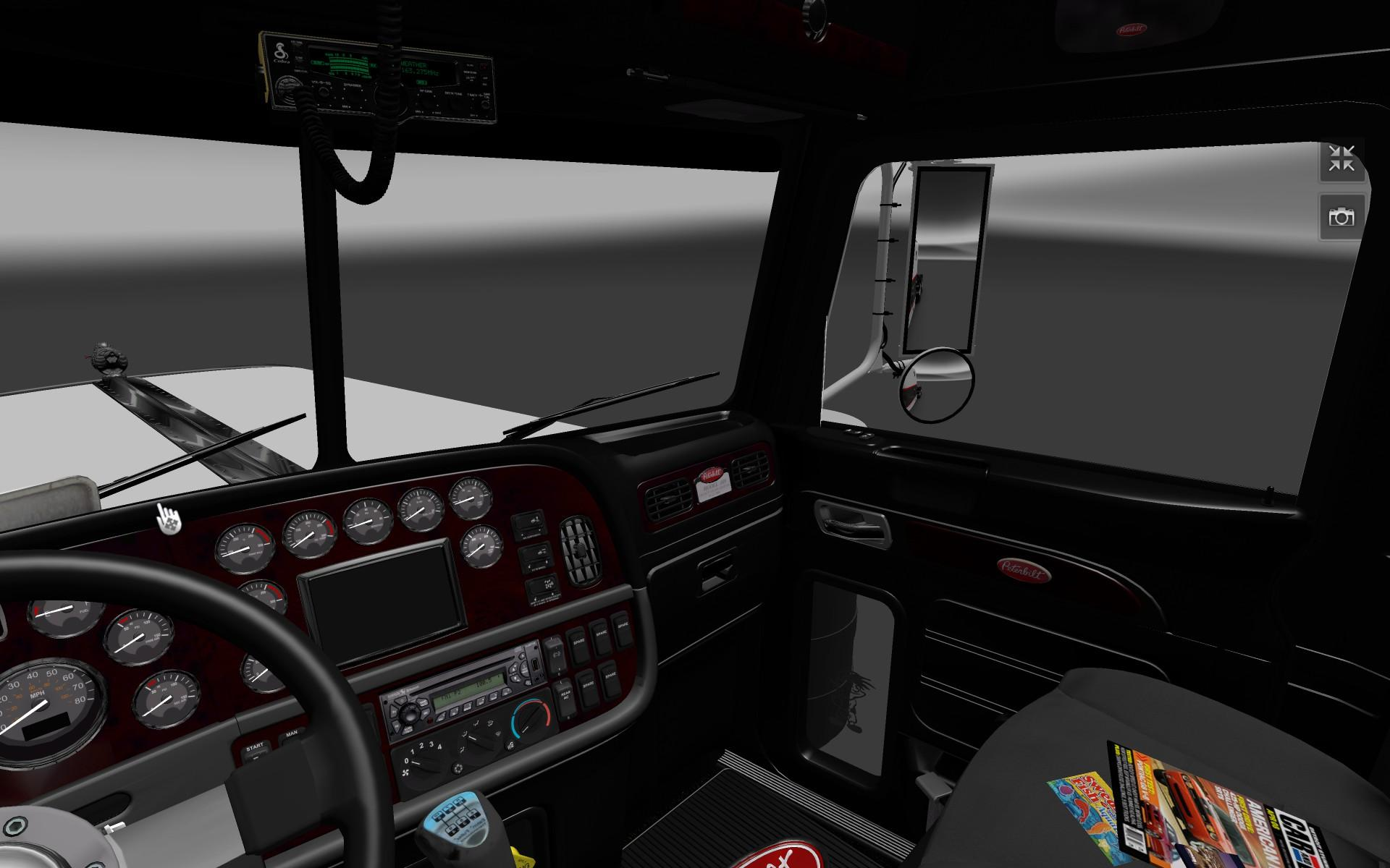 peterbilt-389-dark-interior_1