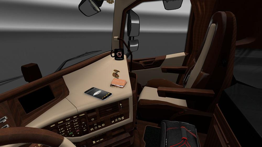 volvo-fh-2012-luxury-interior_1