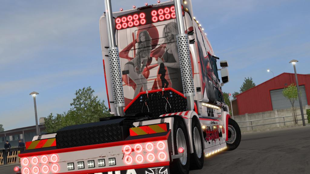 BLACK SKIN WITH SKULL AND WOMAN V1.0 ETS2 | Euro Truck