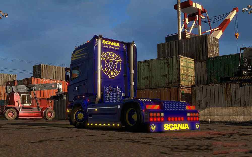 scania-blue-yellow-combo-pack-accessories_3