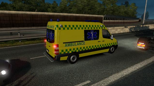 ambulances-and-police-in-traffic-1-24-0-beta_5