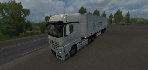 mercedes-petronas-formula-one-truck-trailer-skin_1