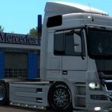 Mercedes-V8-Multiplayer-1_2202.jpg