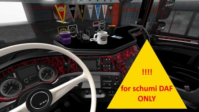 schumi-daf-red-pluche-interior-1-02_1
