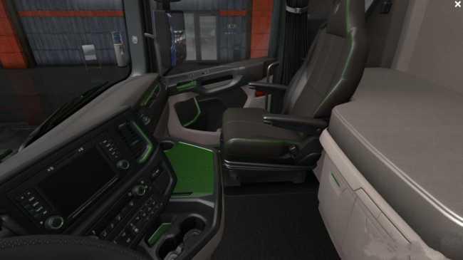 scania-2016-s-r-black-green-interior-1-36-x_2