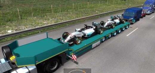 mercedes-amg-petronas-in-traffic-1-36_2