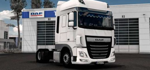 daf-xf-106-with-curtains-1-38_2